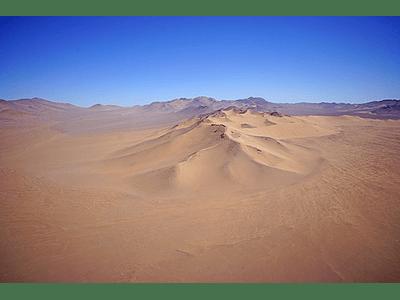 Foto Atacama desert mountains4 duna