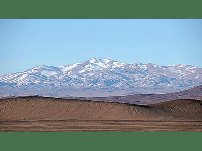Foto Atacama desert mountains nevadas1