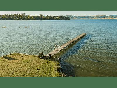 Foto Chica linda en el Lago 01