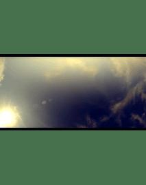 timelapse sol y nubes contrapicado