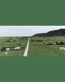 Video Isla Mocha - populated road # 01