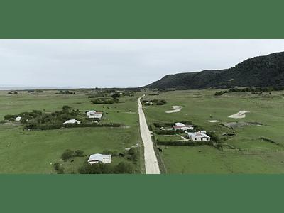 Video Isla Mocha - populated road # 02