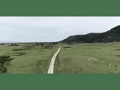 Video Isla Mocha - populated road # 03