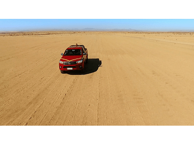 Video desierto camioneta 02