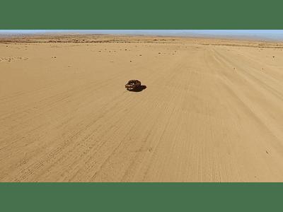 video desierto camioneta 03