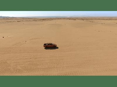 video desierto camioneta 01