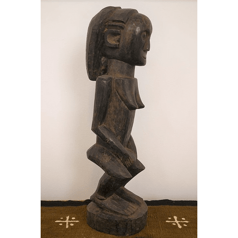 Tabwa Female Statue