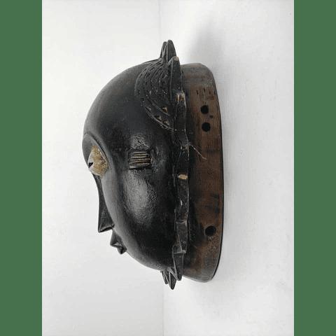 Black Baule Mask