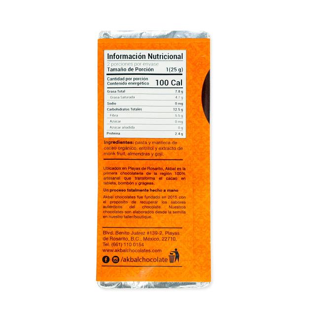 80% cacao con goji y almendra sin azúcar.