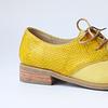 Zapato cuero amarillo, cordones y cuero 3D