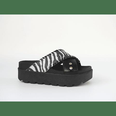 Sandalia goma alta cuero negro y cebra