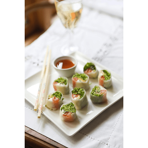 POH PIA SOD ( rollo tailandes en papel de arroz ) salsa ácido picante thai