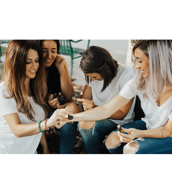 Óleo Essencial Cheer Touch Roll-On - 10 ml | Mistura Revigorante