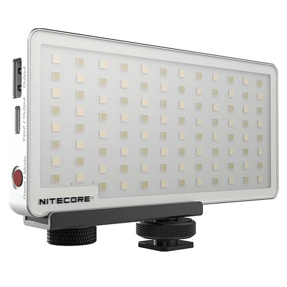Foco LED y Cargador Nitecore 800 lúmenes SCL10- Image 2
