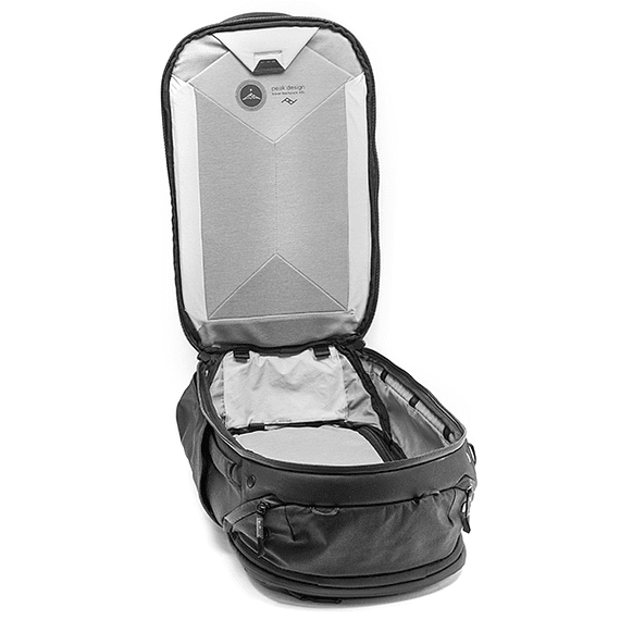 Mochila Peak Design Travel Backpack 45L Negro- Image 2
