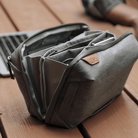 Bolso Peak Design Tech Pouch Negro- Image 4