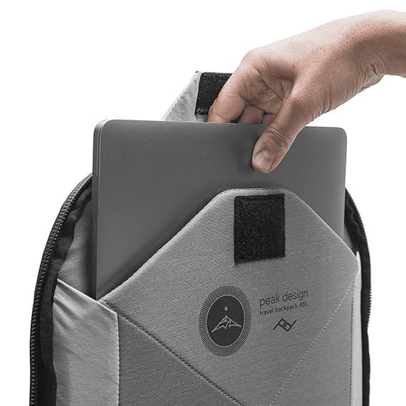 Mochila Peak Design Travel Backpack 45L Negro- Image 9