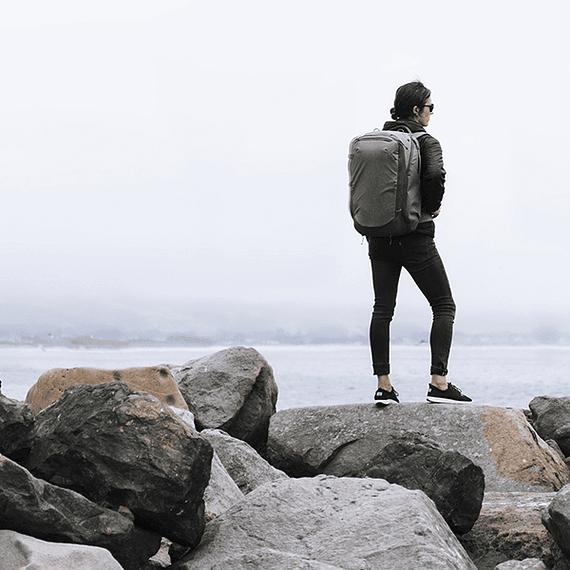 Mochila Peak Design Travel Backpack 45L Negro- Image 29