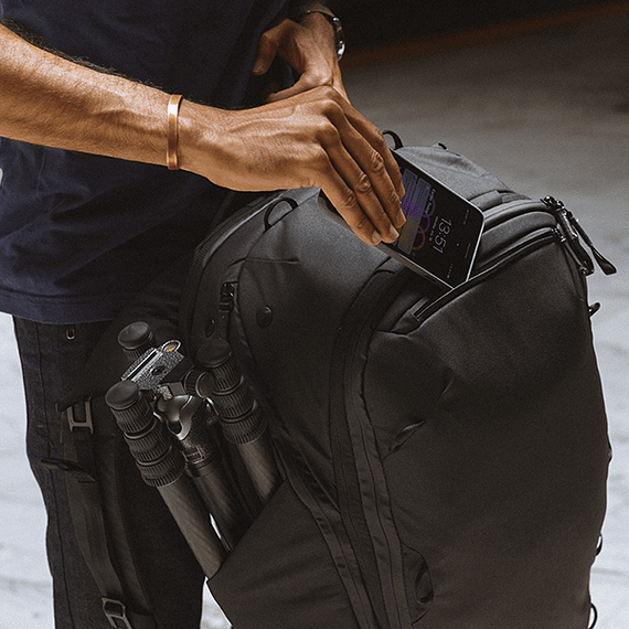 Mochila Peak Design Travel Backpack 45L Negro- Image 38