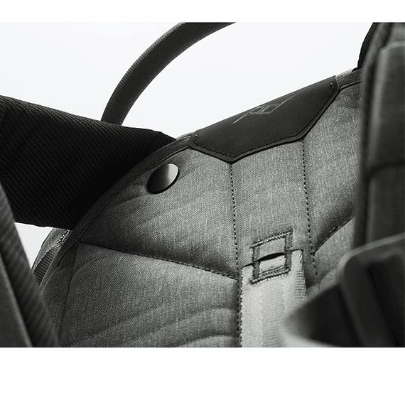 Mochila Peak Design Travel Backpack 45L Gris Verde- Image 15