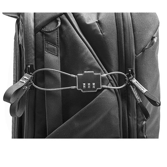 Mochila Peak Design Travel Backpack 45L Gris Verde- Image 22