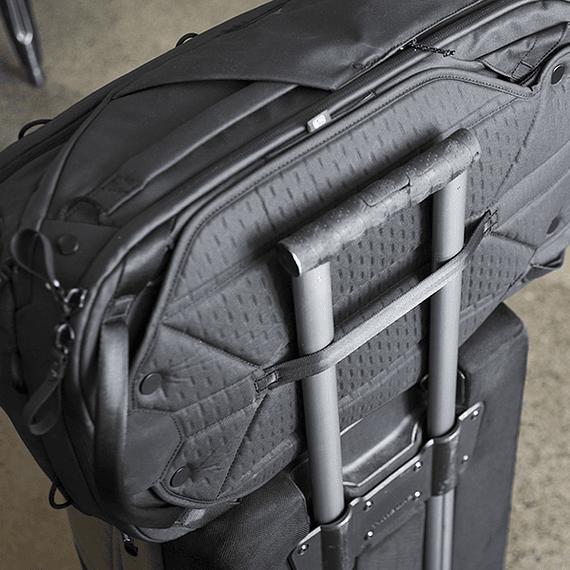 Mochila Peak Design Travel Backpack 45L Gris Verde- Image 23