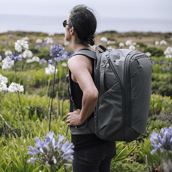 Mochila Peak Design Travel Backpack 45L Gris Verde- Image 31
