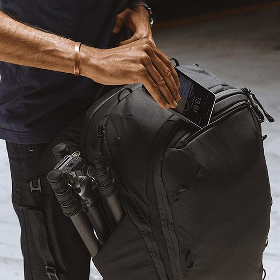 Mochila Peak Design Travel Backpack 45L Gris Verde- Image 38