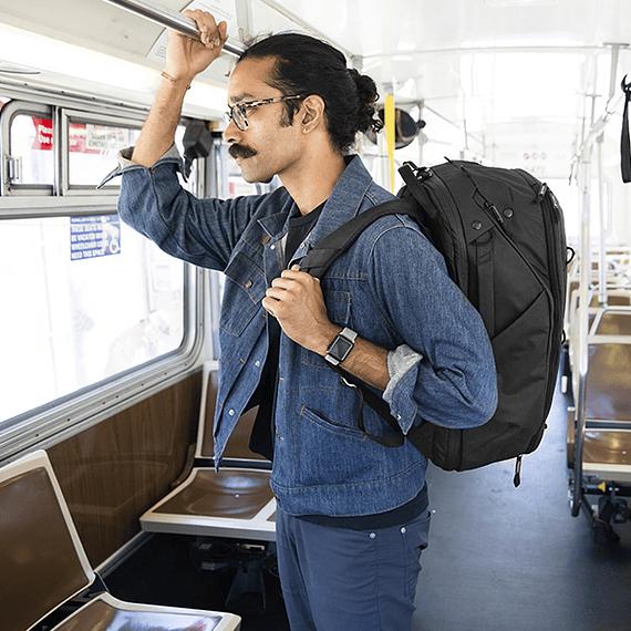 Mochila Peak Design Travel Backpack 45L Gris Verde- Image 42