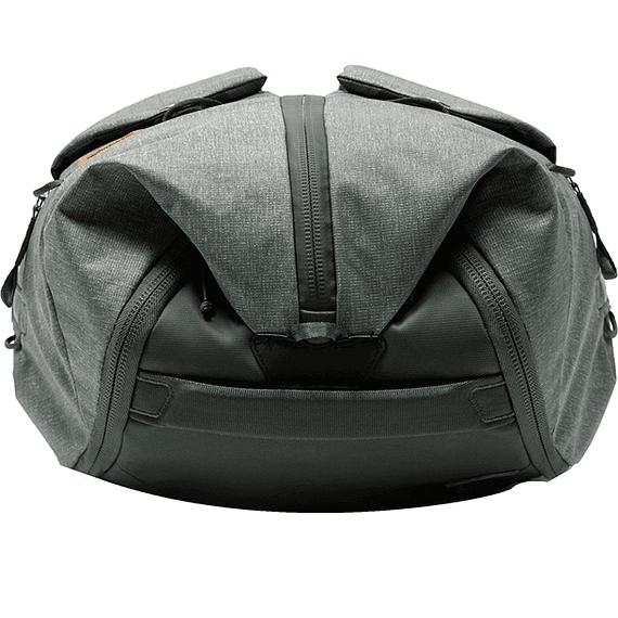 Bolso Peak Design Duffelpack 65L Gris Verde- Image 4