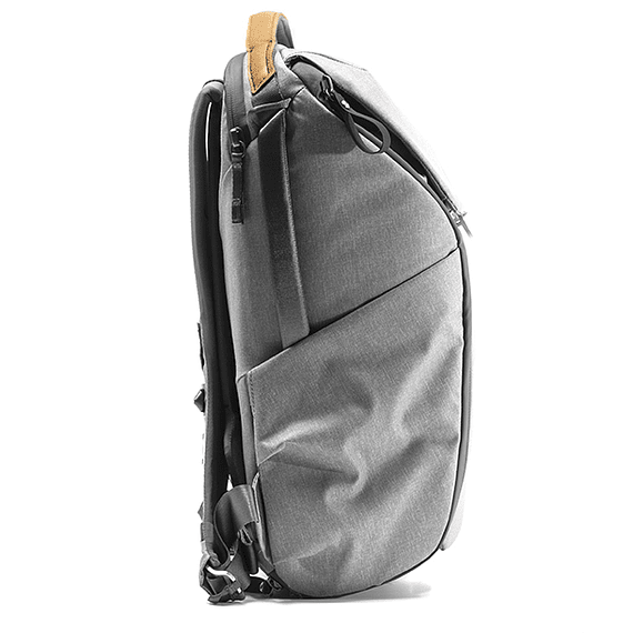 Mochila Peak Design Everyday 20L v2 Gris Claro- Image 4