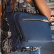Bolso Peak Design Everyday Sling 6L v2 Azul - Image 10
