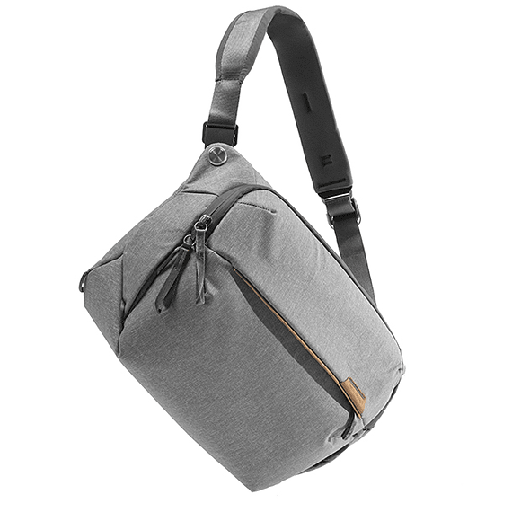 Bolso Peak Design Everyday Sling 10L v2 Gris Claro- Image 3