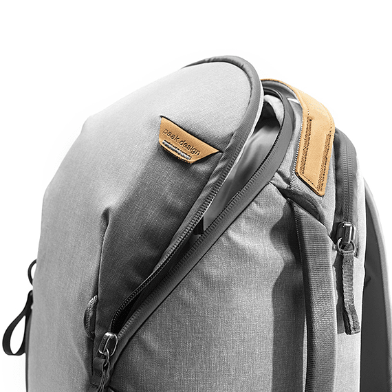 Mochila Peak Design Everyday Zip 15L Gris Claro- Image 6