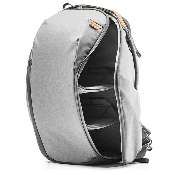 Mochila Peak Design Everyday Zip 20L Gris Claro- Image 3
