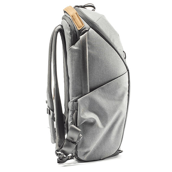 Mochila Peak Design Everyday Zip 20L Gris Claro- Image 5