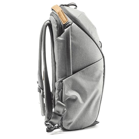 Mochila Peak Design Everyday Zip 20L Gris Claro- Image 5