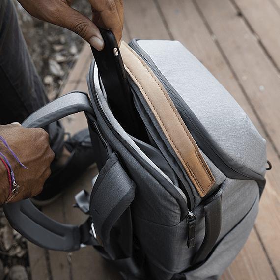 Mochila Peak Design Everyday Zip 20L Gris Claro- Image 9