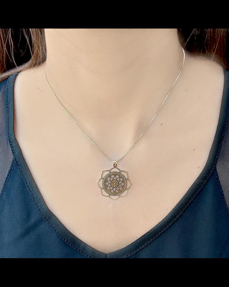 Collar Flor De Loto Enchapado Oro 18 K 44cm