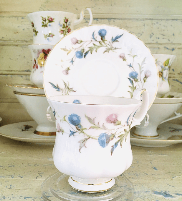 """Royal Albert, Inglaterra, """"Brigadoon"""", taza de café, 1963-2001"""