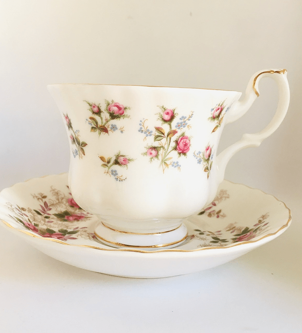 Royal Albert y Royal Kent, Inglaterra ,  mismatch, taza de té Lavender Rose/Winsome