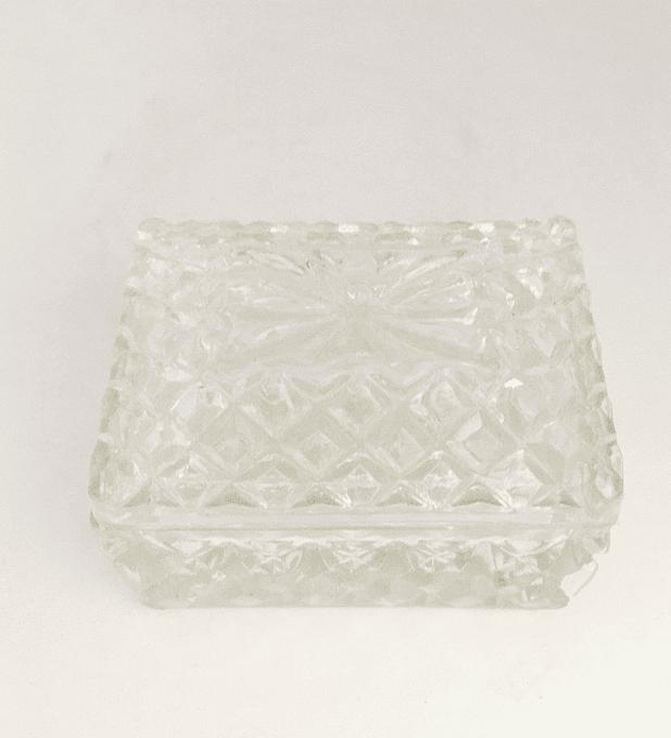 Cajita de cristal prensado