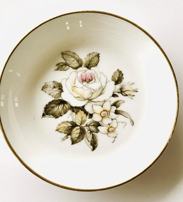 Royal Worcester, Inglaterra, plato de petit four, 1950's - 1960's