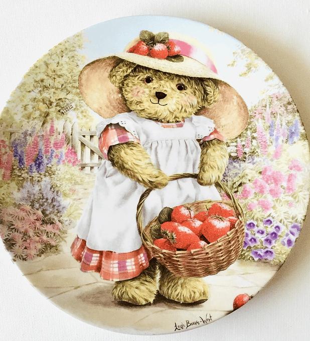 "Royal Worcester, plato decorativo, ""Strawberry Suzie"", 19 cm, 1997"