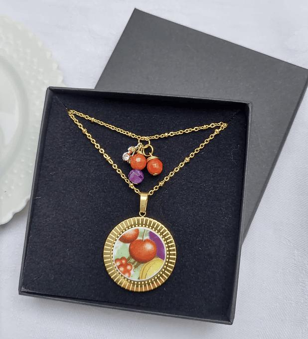 Collar dorado, amatista, coral & plata, 'Guindas'