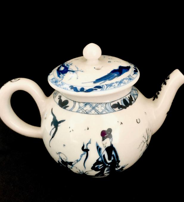 Franklin Mint, mini tetera de la coleccion de teteras, museo Victoria & Albert, 'Worcester', 1985