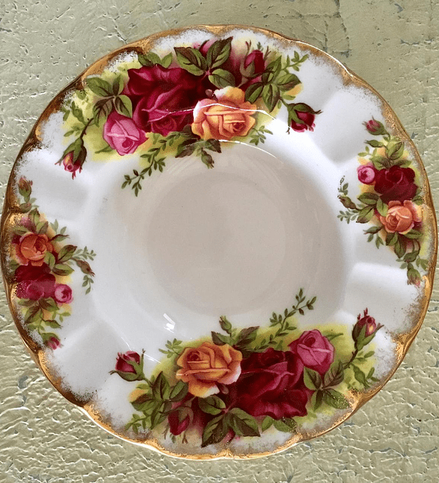 Royal Albert, Inglaterra, Old Country Roses, pocillo