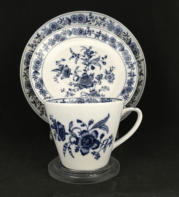 K & A Krautheim, Selb Bavaria, Alemania, trio de café, 1922-1945