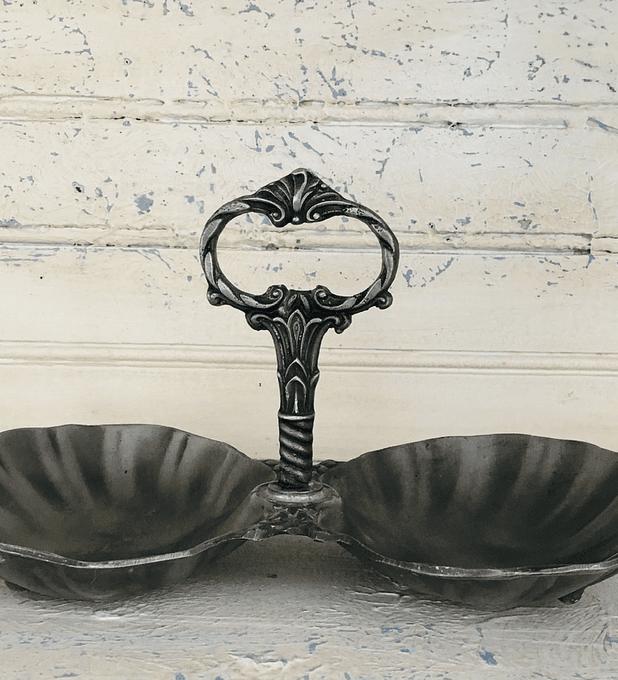 Francia, etagere, estaño, estilo Art Nouveau, primera mitad siglo XX