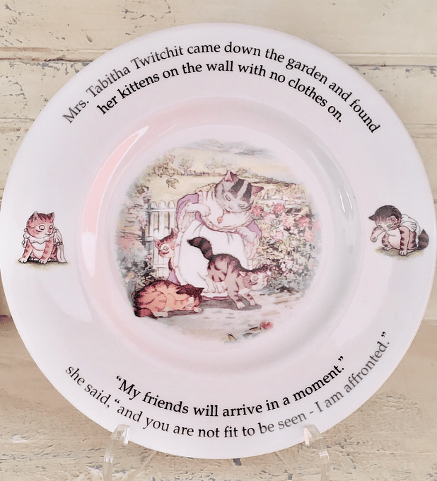 Royal Doulton , Inglaterra, plato de decoración, Mrs. Tabitha, 20,3 centímetros